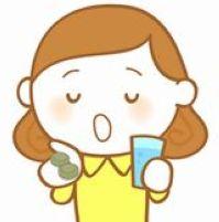 長命草のサプリメントを飲む女性のイラスト